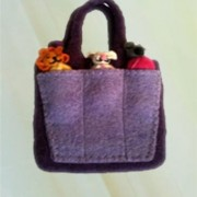 Bag with YKK zipper and cotton lining