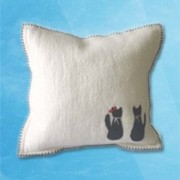 Couple cat Cushion - White