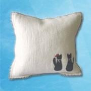 Couple cat Cushion - White
