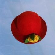 Felt Thread Rose Red Hat